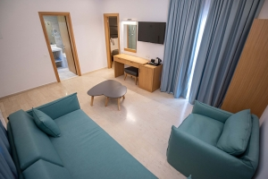 Paleros Beach Resort Hotel Suite 4