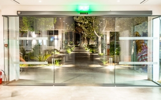 Paleros Beach Resort Luxury Hotel Gallery 1