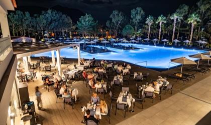 Paleros Beach Resort Luxury Hotel Restaurant 1