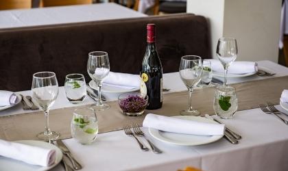 Paleros Beach Resort Luxury Hotel Restaurant 6